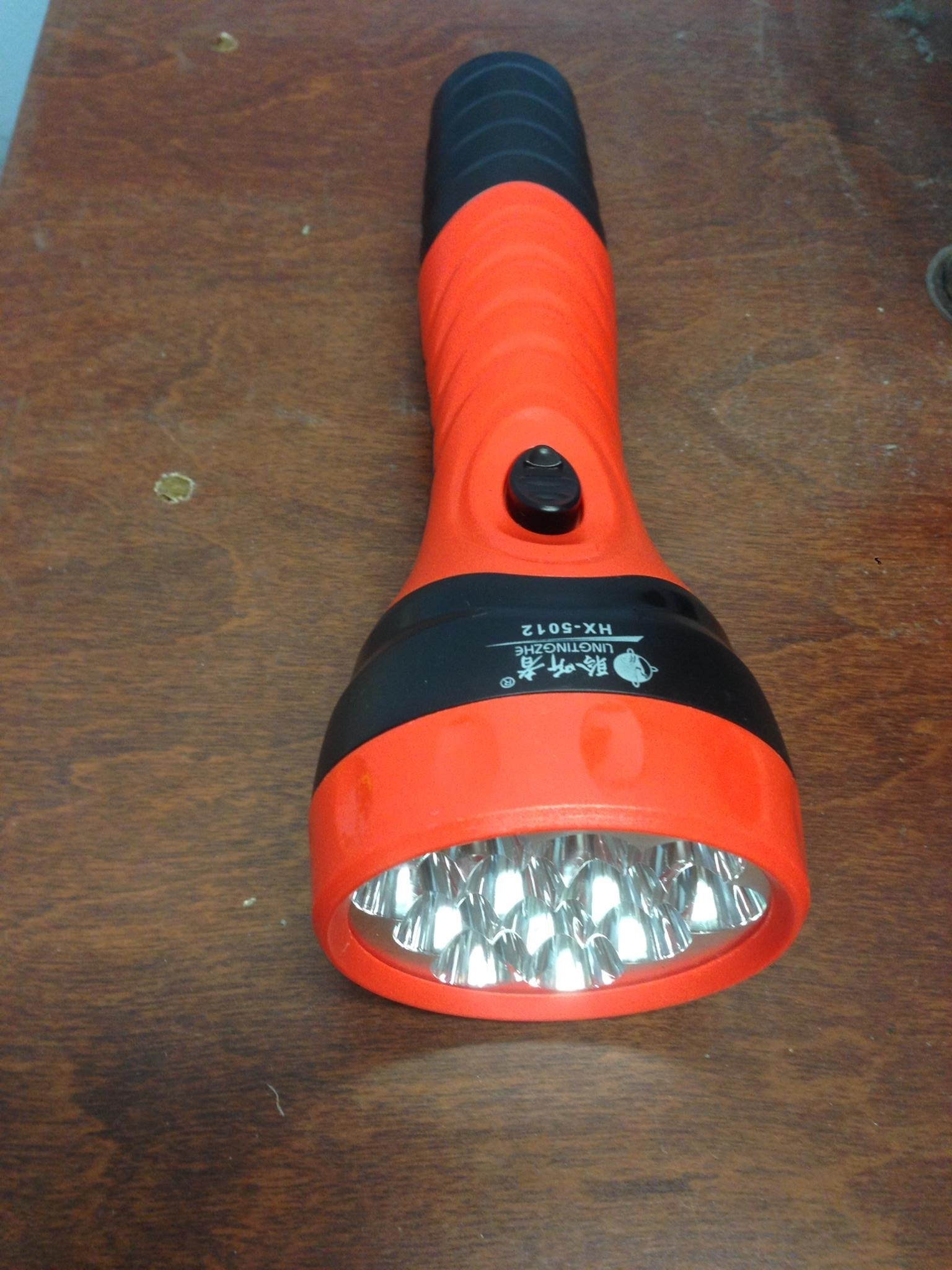12 LED plastic rechargeable high power emergency searchlight